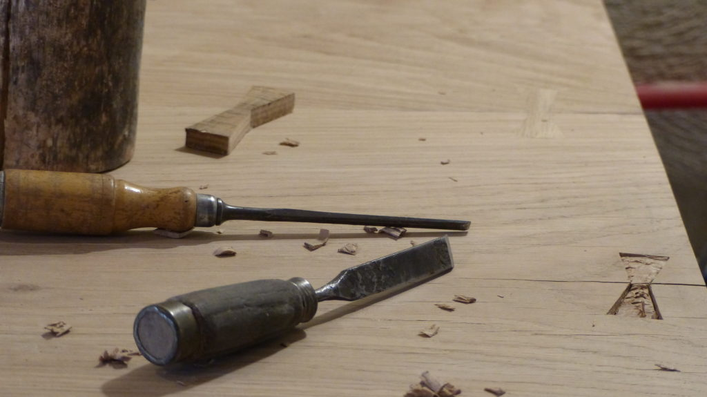 bow tie dovetail keys papillons
